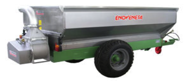 HARVESTING TRAILER with pump with elliptical rotor